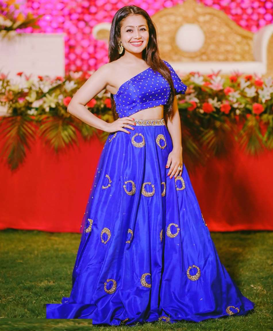 Neha Kakkar Birthday Real Name Age Weight Height Family Contact Details Boyfriend S Bio More Notednames