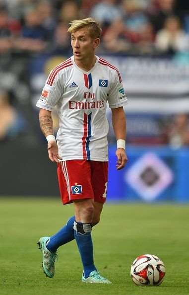 Lewis Holtby Birthday Real Name Age Weight Height Family Contact Details Girlfriend S Bio More Notednames