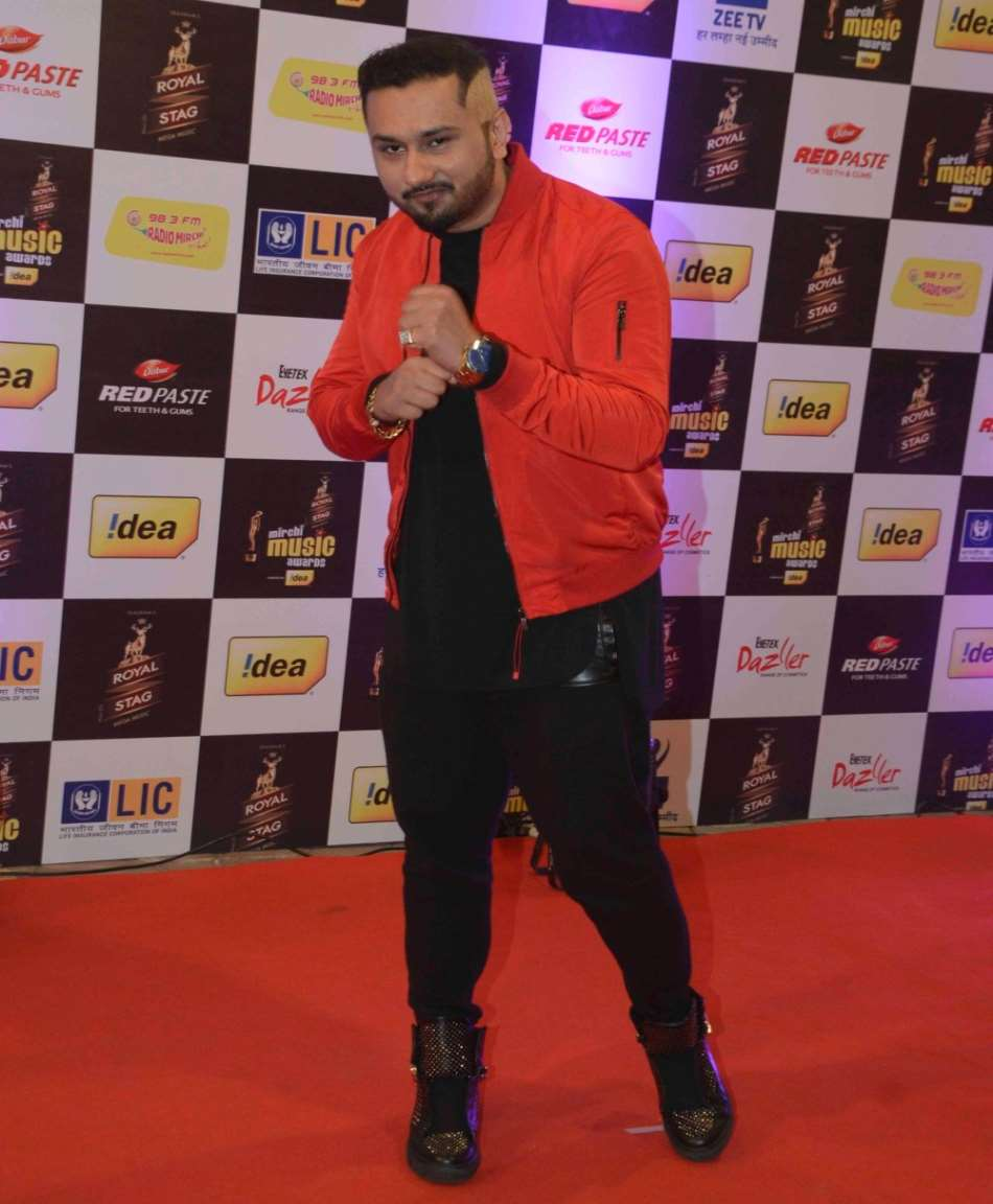 Yo Honey Singh Birthday Real Name Family Age Weight Height