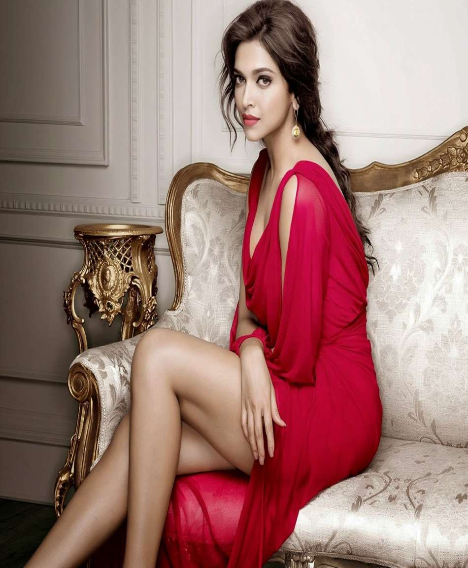 Deepika Padukone Birthday, Real Name, Age, Weight, Height ...