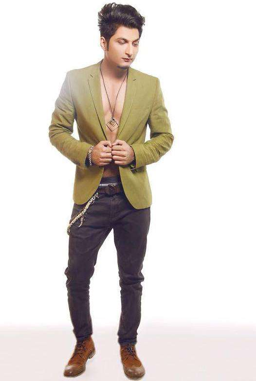 Bilal Saeed Birthday, Real Name, Age, Weight, Height, Family