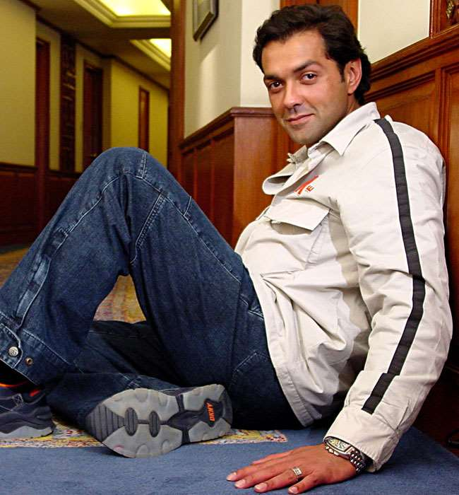 bobby deol birthday real name family age weight