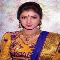 Divya Bharti Birthday Real Name Age Weight Height Family Death