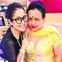 Neha Kakkar Birthday, Real Name, Family, Age, Weight ...