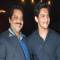 Aditya Narayan Birthday Real Name Age Weight Height Family Contact Details Girlfriend S Bio More Notednames