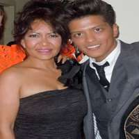 bruno mars birthday real name family age weight