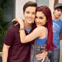 who is nathan kress wife