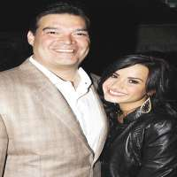 Demi Lovato Birthday Real Name Family Age Weight