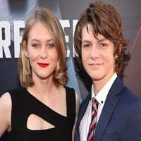 Ty Simpkins Birthday, Real Name, Age, Weight, Height, Family
