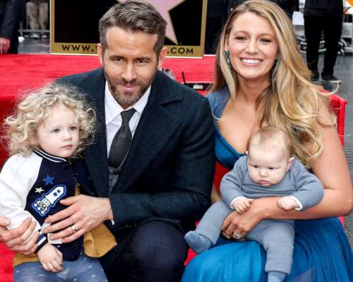 Blake Lively Birthday Real Name Family Age Weight Height Dress