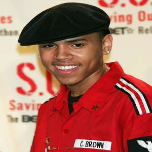 Chris Brown Birthday, Real Name, Age, Weight, Height, Family