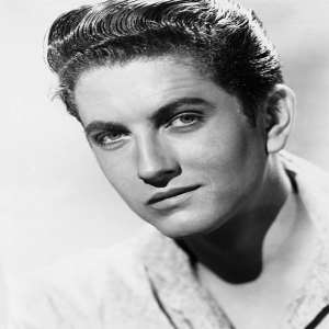 John Drew Barrymore Birthday, Real Name, Age, Weight, Height
