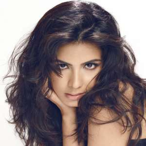 Kirti Kulhari Pink Movie Actress
