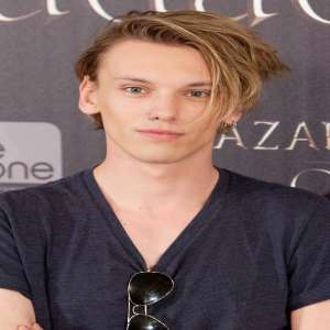 Jamie Campbell Bower (born 1988) naked (37 foto and video), Pussy, Fappening, Twitter, bra 2020