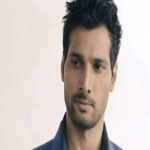 Aham sharma Birthday, Real Name, Age, Weight, Height, Family