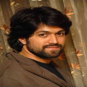 Yash Birthday, Real Name, Age, Weight, Height, Family