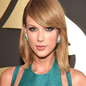 Taylor Swift Birthday Real Name Age Weight Height Family Contact Details Boyfriend S Bio More Notednames