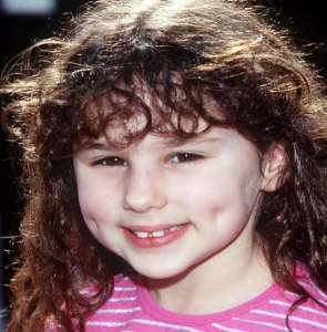 Hallie Eisenberg Birthday, Real Name, Age, Weight, Height