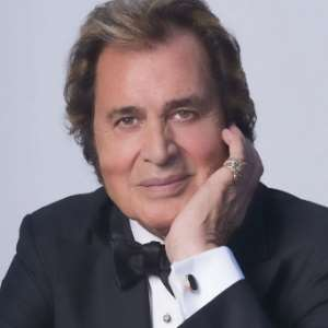 Engelbert Humperdinck Birthday Real Name Age Weight Height Family Contact Details Wife Children Bio More Notednames