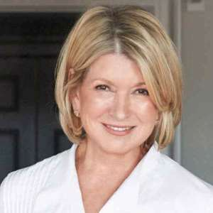 martha stewart birthday real name family age weight