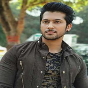 Namish Taneja Birthday, Real Name, Age, Weight, Height