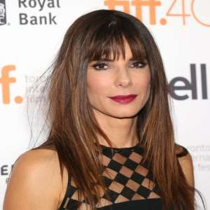 Sandra Bullock Birthday, Real Name, Age, Weight, Height ...