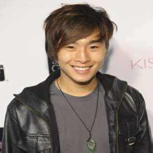 Justin Chon Birthday, Real Name, Age, Weight, Height, Family