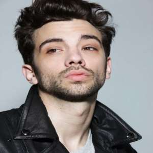 Taylor Baruchel Nude Photos 7