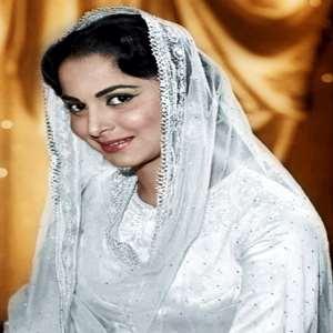 waheeda rehman birthday real name family age weight