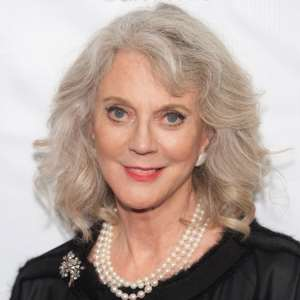 Blythe Danner Birthday, Real Name, Age, Weight, Height