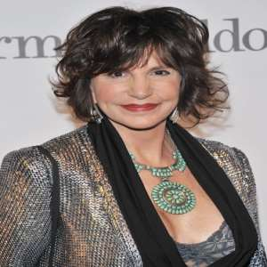 Mercedes Ruehl Birthday Real Name Family Age Weight Height